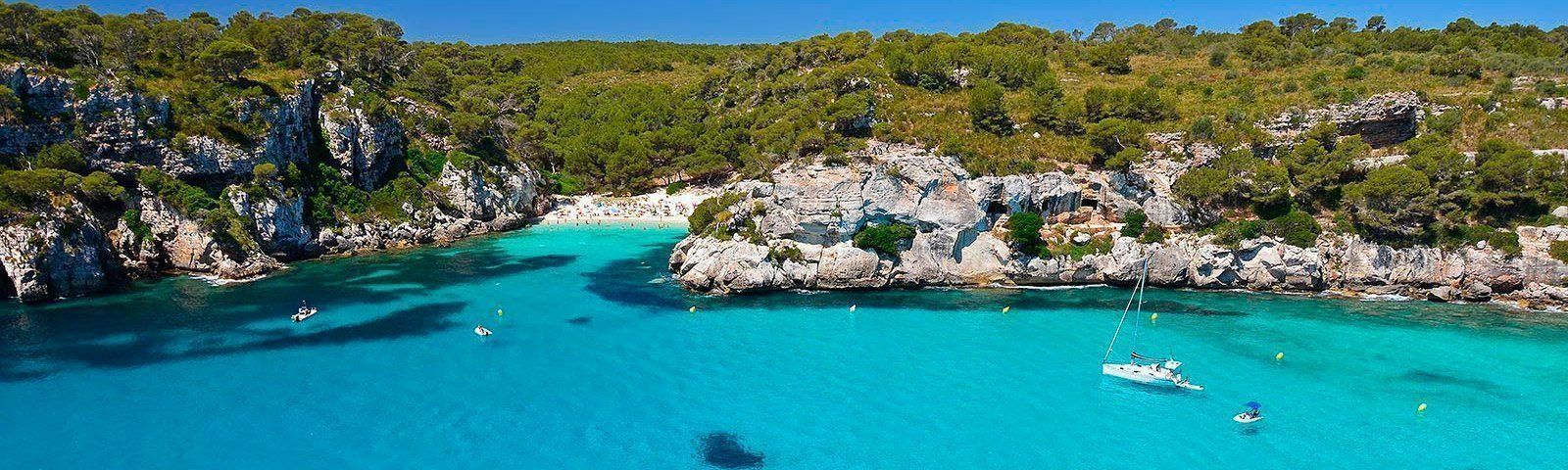 vacaciones-islas-baleares-velero-macarella