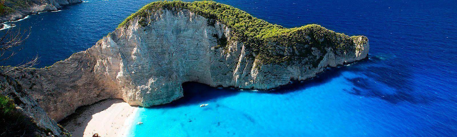 viaje-grecia-velero-playa-naufragio