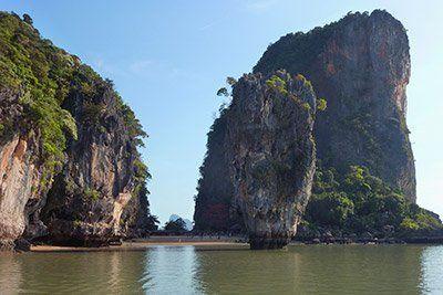viaje-tailandia-barco-james-bond-island