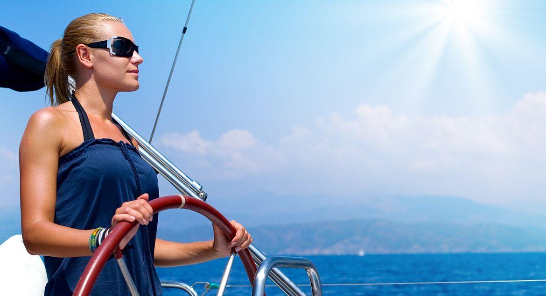 navegar-en-catamaran-patron