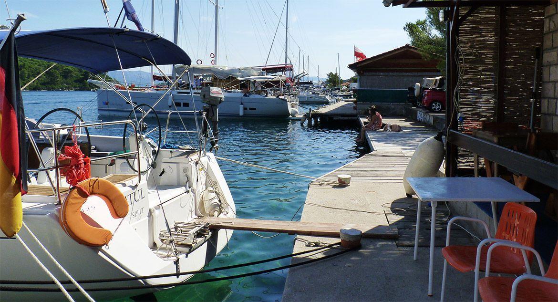 navegacion-croacia-restaurantes