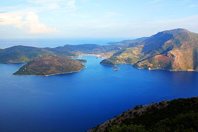 navegar-grecia-isla-itaca