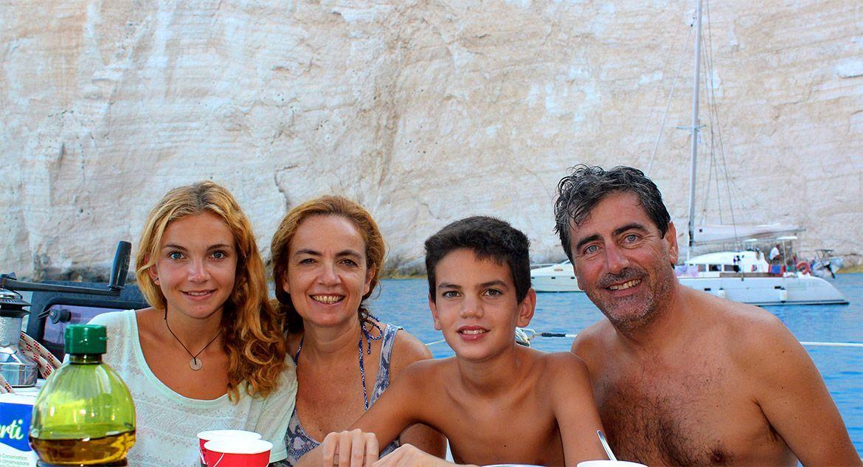 vacaciones-familia-velero