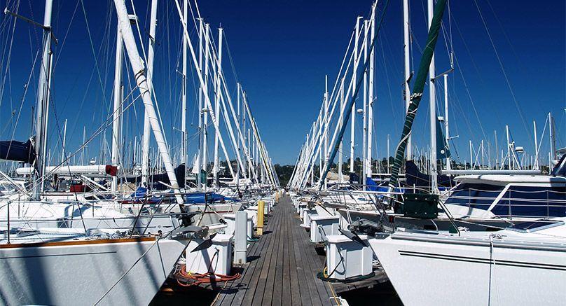 como-alquilar-un-barco-bareboat